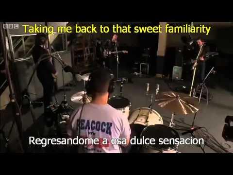 On A Mission En Espanol de Katy B Letra y Video