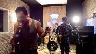 GASOLINE - Audioslave Cover - Cochise [video]