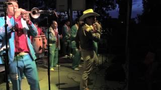 """""""El Sinolense"""" Lorenzo Vega El Mil Amores - Accompanado por la Banda Tenango"""