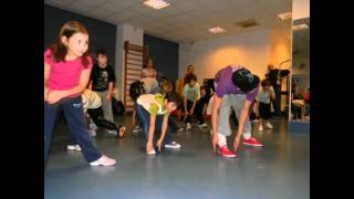 Street dance Trouble Crew- lectie deschisa- Prof. Dana Ciobanu si Mihai Mateasi