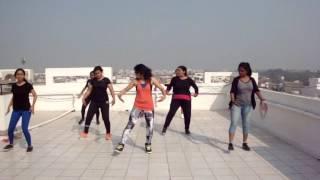 Zumba Fitness with  ZIN Preeti Vashistha || Shakira (Chantaje) feat. Maluma