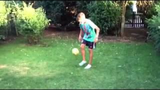 Ronaldinho Tricks von 11-Jährigen (Teil 5) Pipo - FC Bayern