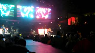 Lecrae I Know/I'm Turnt (turn down for what mix) live WinterJam 2014 Reading, PA