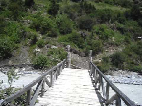 80% Bridge – Annapurna Trek, Nepal.