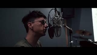 ULTIMO - SOGNI APPESI (Live in Studio)