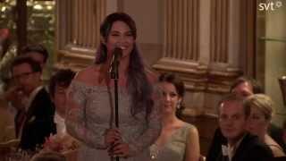 Molly Sandén & Danny Saucedo uppträder på Carl Philips bröllopskväll