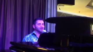 Jamm the Piano Man playing Oklahoma medley