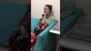 Gülperi Evliyaoğlu - Sabahın Seherinde (evde)