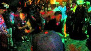 los terroristas en el gran concurso tribalero  del staf disco con chalinillo dj