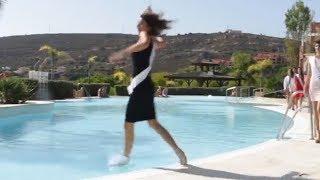 Concursante a Miss España se tira a la piscina 💦 Miss Cáceres 2017