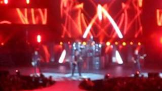 Dark Horse Tour 2010 - Nickelback - Intro + Burn It To The Ground LIVE - Buffalo, NY (HSBC Arena)