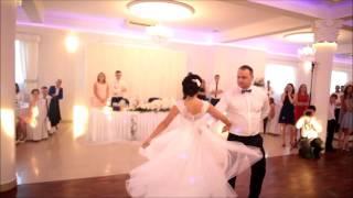 Piękny i lekki walczyk Sylwii i Pawła   lipiec 2016   Przetańczyć z Tobą chcę   Młodzi Tańczą