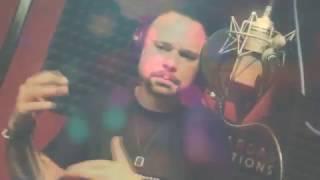 El Prodigio - La Reina del Bar (Lyric Video)