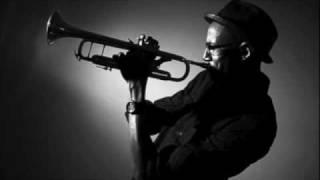 Disarae - Trumpet Man