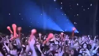 Gusttavo Lima chora em show após morte da irmã!