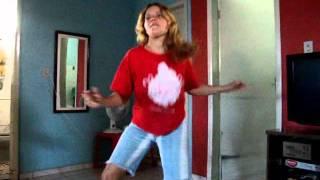 Bila dançando KUDURO