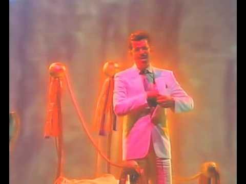 yello-blazing-saddles-1989-video-biglesbowski