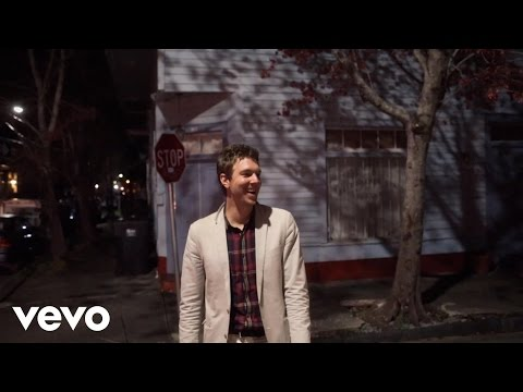 hamilton-leithauser-11-oclock-friday-night-official-video-hamiltonvevo