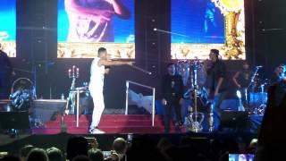 Ella y yo Romeo santos en vivo cancun 2015