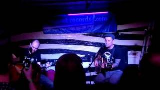 Dave House and Dave Hause cover Hot Water Music