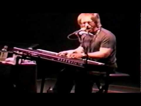 warren-zevon-for-my-next-trick-ill-need-a-volunteer-live-in-cleveland-oh-2000-part-12-18-warrenzevonaddict