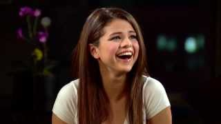Selena Gomez Cries In Olivia Holt / Selenators