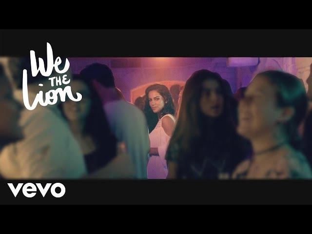 """Video de la canción """"So Fine"""" de We The Lion."""