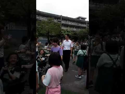 思賢國小畢業典禮601校園巡禮_睿恩的媽媽攝影1 - YouTube