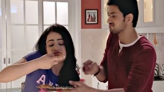 Meri Aashiqui Tumse Hi 25th February 2015 Ishani & Ranveer Fight Over Pizza width=