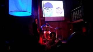 Carlitox cantando el rebelde de la renga Live in Libido xD
