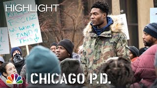 Chicago PD -  The Flag (Episode Highlight)