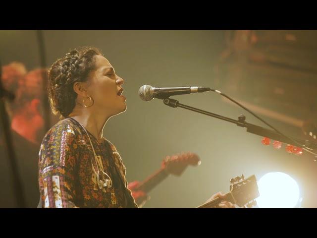 vídeo Natalia Lafourcade - Show Le Bataclan París, Francia