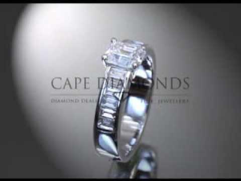 Princess cut,emerald diamond,side stones,engagement ring
