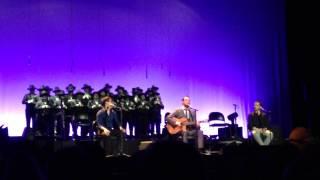 António Zambujo- Dá-me uma gotinha de água ao vivo no Coliseu do Porto