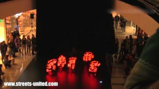 Shopping Mall Live Dance Shows