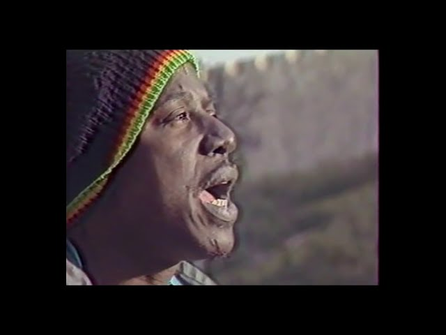 Videoclip de la canción Jerusalem de Alpha Blondy