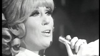Dusty Springfield -  Who Can I Turn To?  (When Nobody Needs Me) Live