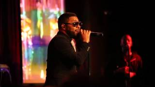 "Musiq Soulchild Covering Anita Baker's ""Sweet Love"" Live at BB Kings in NYC 12/22/14"