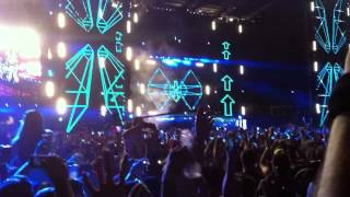 David Guetta feat. Sia - Titanium - Live at Ultra Music Festival Miami 2012