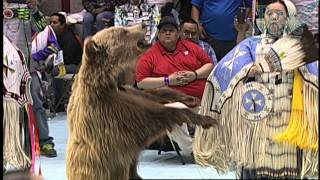 Northern Traditional - 2016 Gathering of Nations Pow Wow - PowWows.com