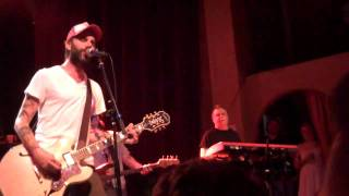 Lucero - Kiss The Bottle (Jawbreaker Cover) - Live