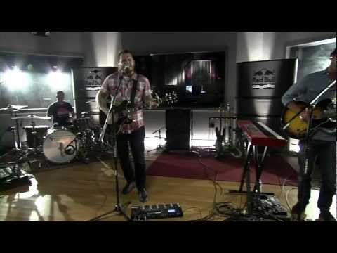 thrice-words-in-the-water-red-bull-studio-sessions-thethriceindex