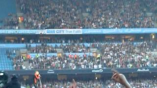 Robbie Williams / Take That - Underground Machine - Manchester 07/06/2011