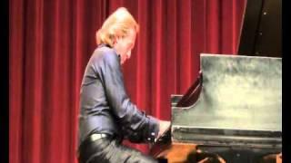 "Antonio Consales live in Columbus: Beethoven ""Moonlight"" Sonata - II mov."