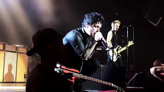 GREEN DAY - Still Breathing (Live)