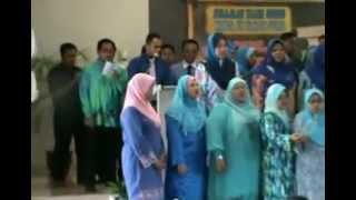 Nyanyian Lagu tema hari guru 2012 SKTS