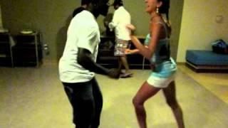 Lusya & Junior salsa dancing