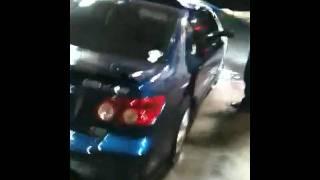 Los duros en el car wash
