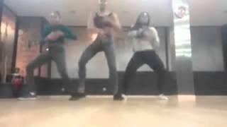Tais Nascimento dança com amigas Kita e Lays!!!