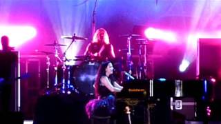 Evanescence 06 - Trinidad - Dec 17, 2011